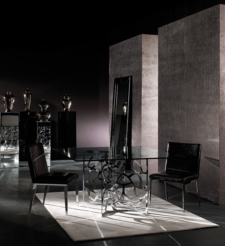 Nuova-Verticale-1-darlingtone-and-gio-chair.jpg